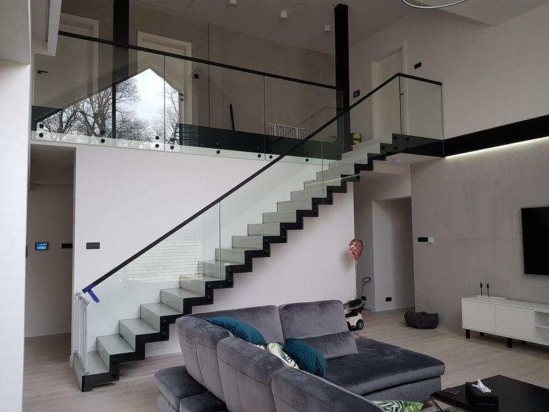 schody_drewniano-metalowe06_1