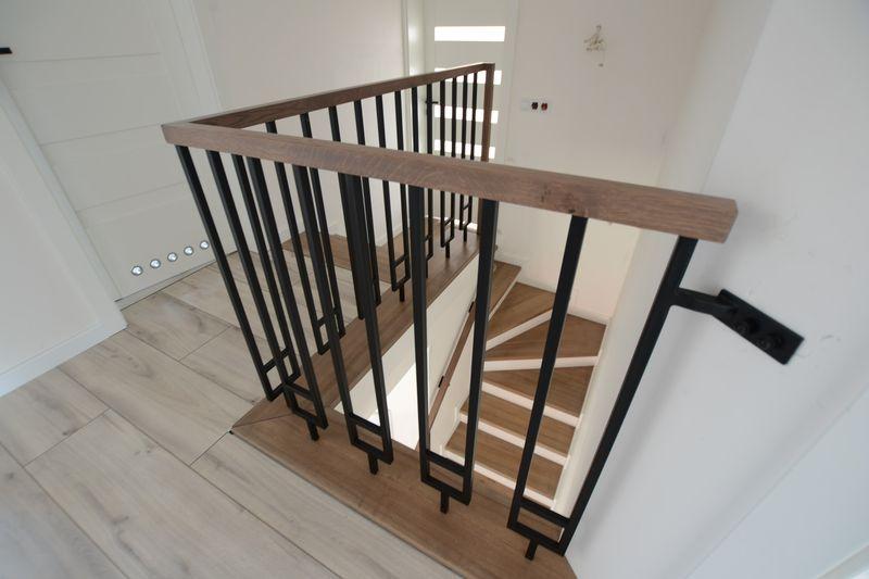 schody_drewniano-metalowe07_1
